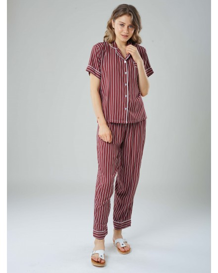 Tabby stripe maroon