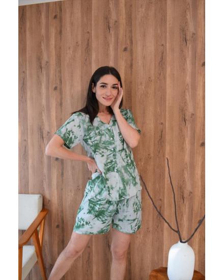 Tiedye Green Woman