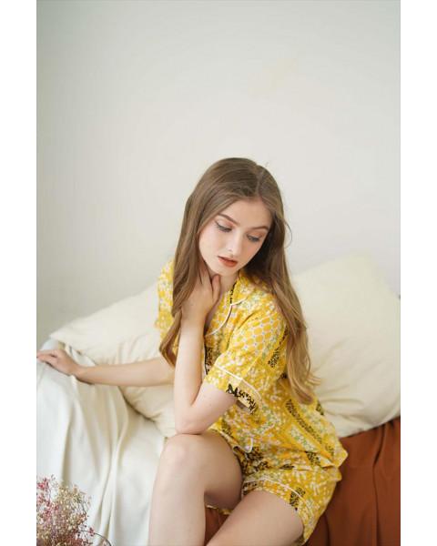 Anya Yellow Short