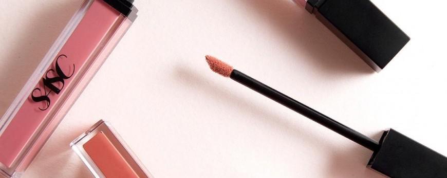 5 Lipstick Lokal yang Nggak Kalah Bagus sama Brand Luar